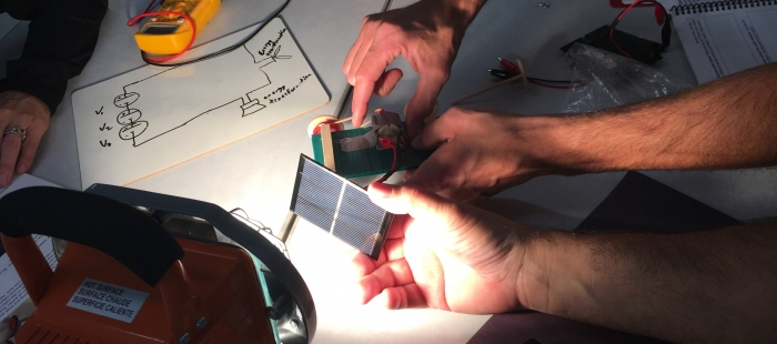 Indoor solar car test Davenport