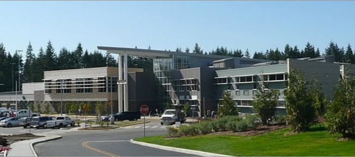 Lynnwood High School feature image